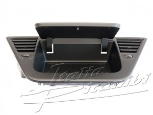 Storage compartment / Dashboard Alfa Romeo Giulietta (940) -156101280